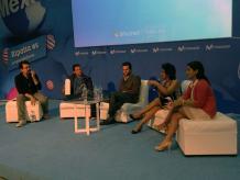 Los participantes en la mesa de debate coincidieron que el elemento de incertidumbre es un tema crucial para el emprendedor. Foto: Darinka Rodríguez