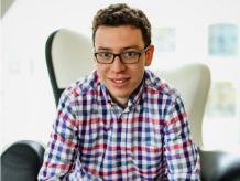 El latinoamericano que logró vender aplicaciones a Google hoy crea una aplicación que pretende enseñar idiomas mediante smarphones y tabletas. Foto: Cortesía.