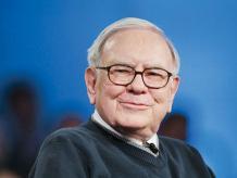Muchos se preguntan:¿cómo Warren Buffet o Jeff Bezos, obtienen una tasa de rendimiento a doble dígito pese a la volatilidad? Foto: Especial