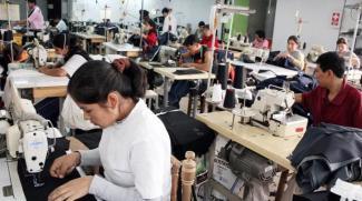 La estimación de la baja de la tasa de desempleo de la OIT es más optimista que el año previo, cuando la agencia de Naciones Unidas había previsto que permaneciera estable en un 5,9 por ciento desde 2014 a 2017. Foto: Cuartoscuro.