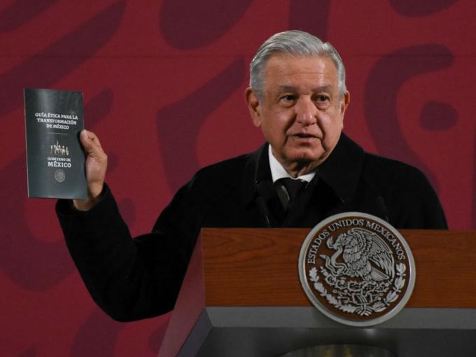 López Obrador presenta la guía ética para la transformación de México, ¿de  qué trata?