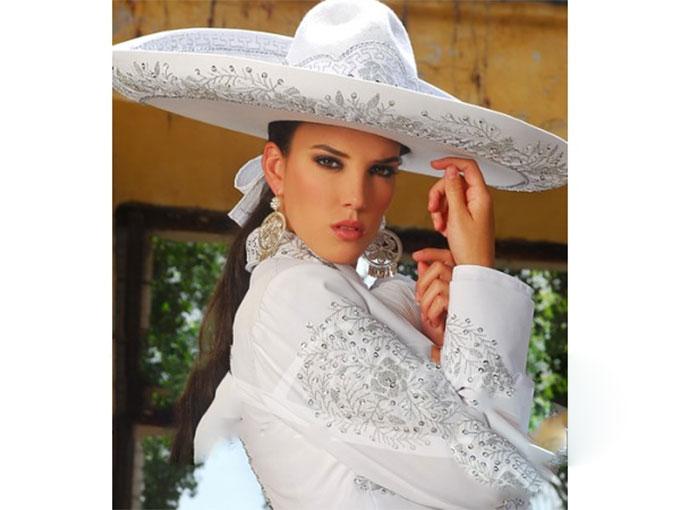 En La Noche Mexicana Vístete De Gala Durango Al Día